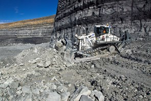 Liebherr's new PR 776 model, the firm's biggest ever bulldozer and also the first hydrostatically powered crawler tractor in the 70 tonne weight class
