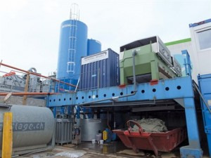 The Tecnoidea Impianti filter press being used by Serbeco's waste recycling operatives