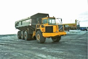 Volvo CE's A70 of the late 1990s offered a 65-tonne load capacity, using the front end of the then A40 model